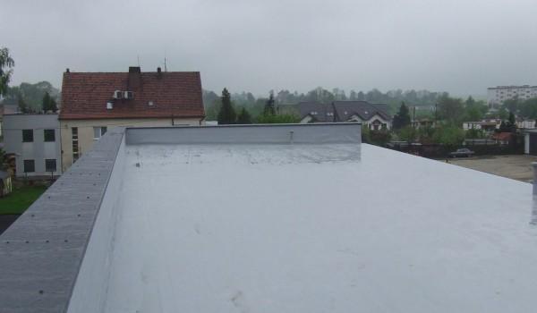 Dach budynku z wywietrznikiem 2